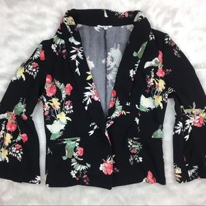 Maurices black floral jacket stretch. Small